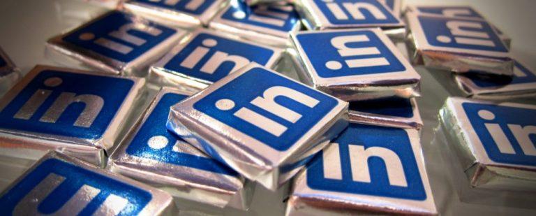 Как помочь другим правильно произнести ваше имя в LinkedIn