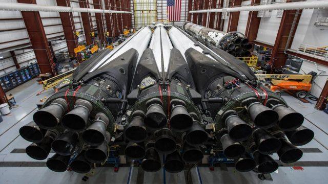 Министерство юстиции: ракеты SpaceX находятся под угрозой из-за поддельных отчетов о проверках