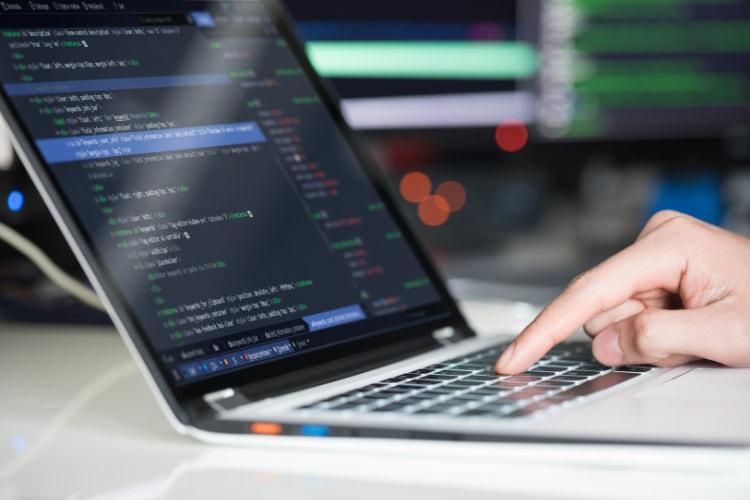 Топ-10 самых быстрорастущих языков программирования по версии GitHub