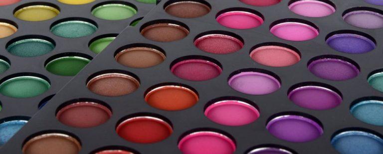 Как использовать палитру цветов и ведро с краской в Procreate