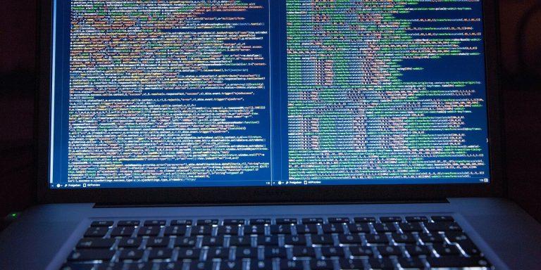 Что такое COBOL и почему он пользуется спросом?