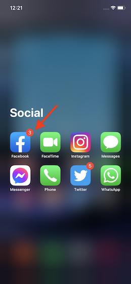 Как включить темный режим в Facebook на iOS и Android