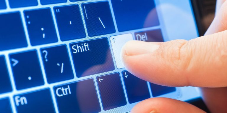 Microsoft улучшает сенсорную клавиатуру Windows 10