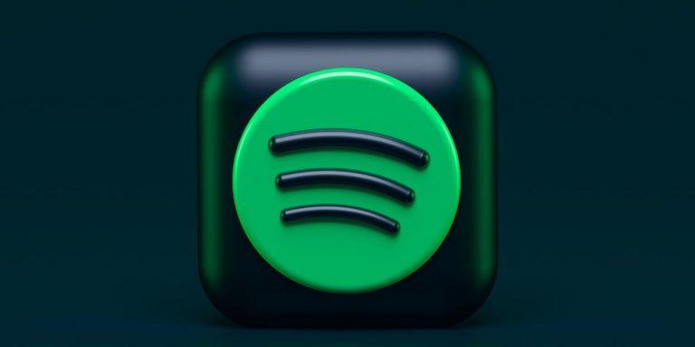 Как скачать полные альбомы в настольном приложении Spotify