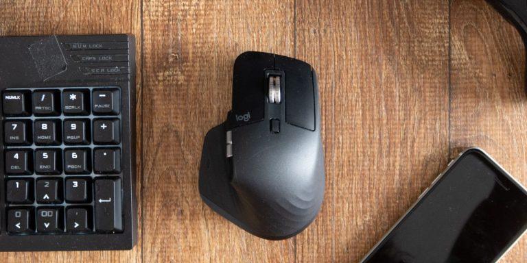 Почему ваше колесо мыши прокручивается в неправильном направлении и как это исправить