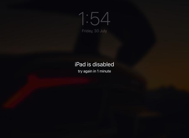 (РЕШЕНО) Ошибка «iPad отключен, подключитесь к iTunes»