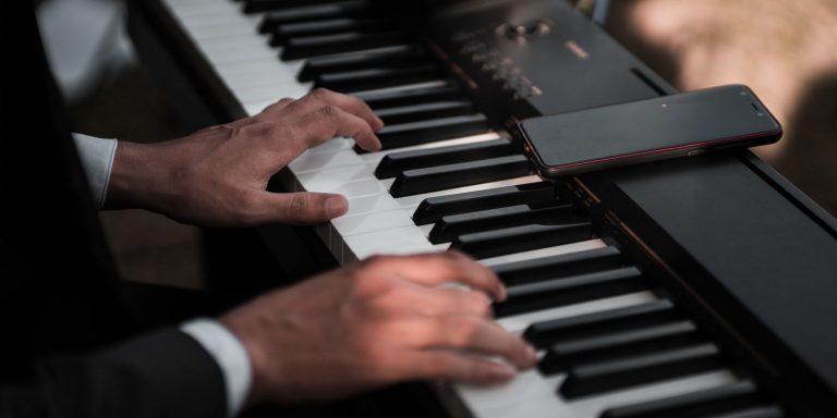 Научитесь играть на пианино с помощью этих 6 приложений для iPhone