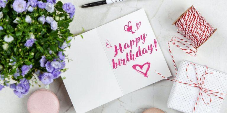 4 лучших приложения для отправки открыток